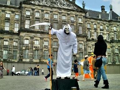 dam meydanı amsterdam ile ilgili görsel sonucu