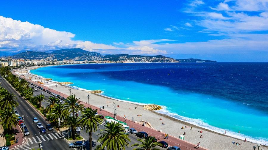 Fransız Rivierası ve Nice Otobüsle Avrupa Turumuz sırasında gezeceğimiz göreceğimiz yerlerden biri de Fransa'nın Nice kenti olacaktır