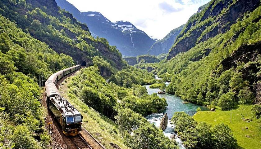 Kuzey Avrupa Turu - Flam -  Flamsbana Treni - Norveç